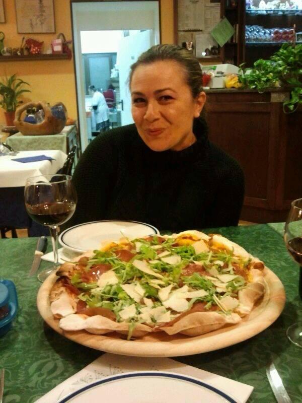 lara pizza